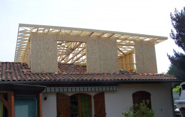 Sur l vation boislan ederra charpente couverture ossature bois - Surelevation maison bois ...